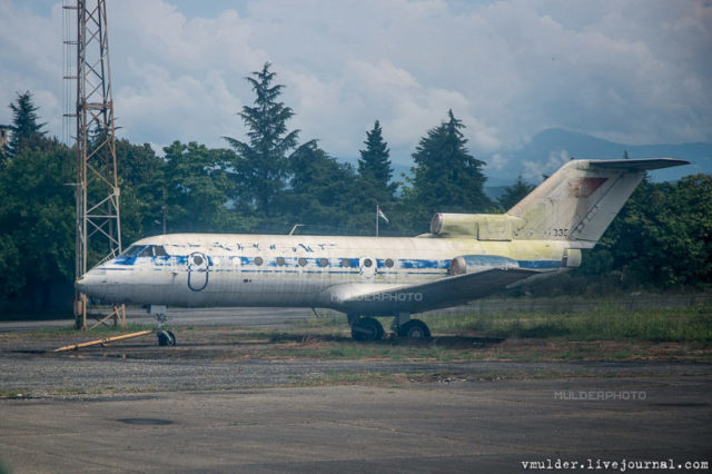 Yak-40 airplane of Georgian President Eduard Shevardnadze. During the war he flew to Sukhumi in 1993. Shevardnadze did not use it to return because airplanes were knocked down © Vladimir Mulder