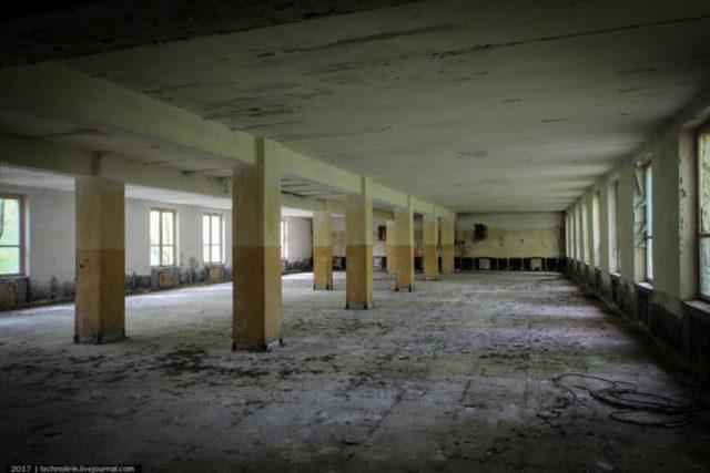 Inside the main cantine ©technolirik