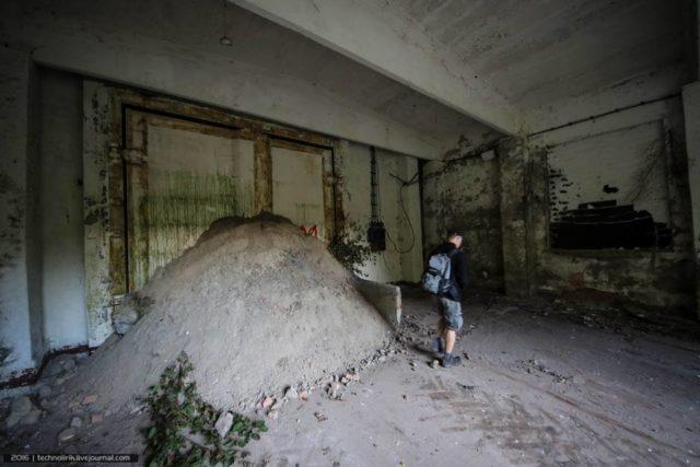 Inside the missile bunker ©technolirik