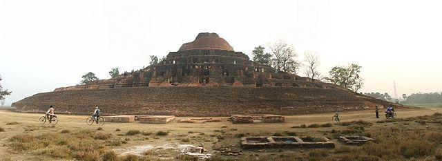 Panoramic view of the stupa/ Author: myself – CC BY-SA 2.5