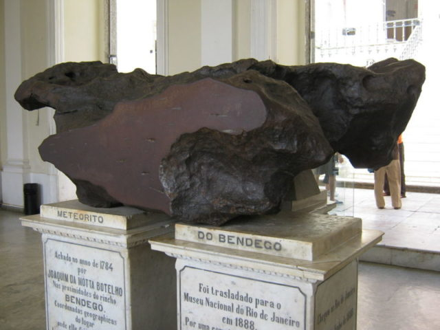 The largest meteorite ever found in Brazil, the Bendegó meteorite, unsurprisingly survived the fire unscathed. Author: Jorge Andrade – CC BY 2.0