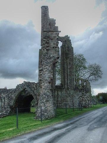 The abbey flourished in the 13th century/ Author: Alun Salt CC BY-SA 2.0