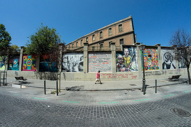 View on the Tabacalera from the street on it's east side – Author: r2hox – CC BY 2.0