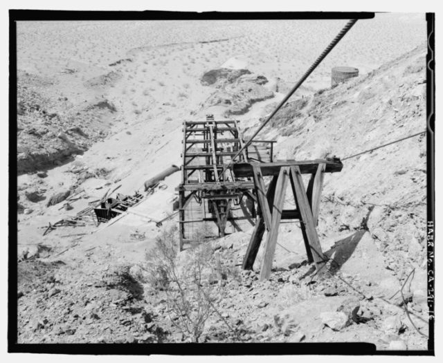 Old photo of the tramway. Author: National Park Service