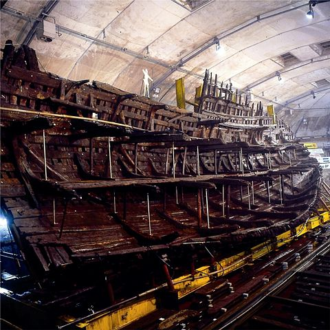 The remains of the ship's hull. Author: Mary Rose Trust CC BY-SA 3.0