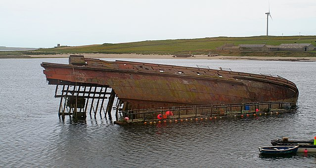 A blockship makes a dramatic relic on the shores. Author: John Haslam CC BY 2.0