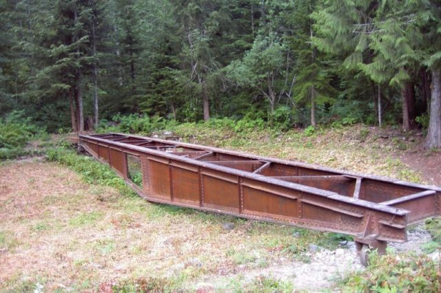 An abandoned turntable at Monte Cristo. Author: Jordanroderick – CC BY-SA 4.0