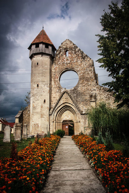 Cârța Monastery Tower. Author:Radueduard –CC BY-SA 3.0 ro