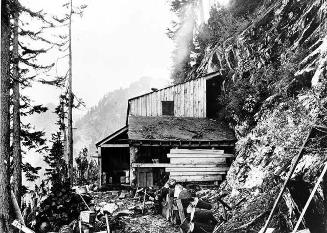 Del Campo mine – different angle. Author: University of Washington Libraries, Special Collections