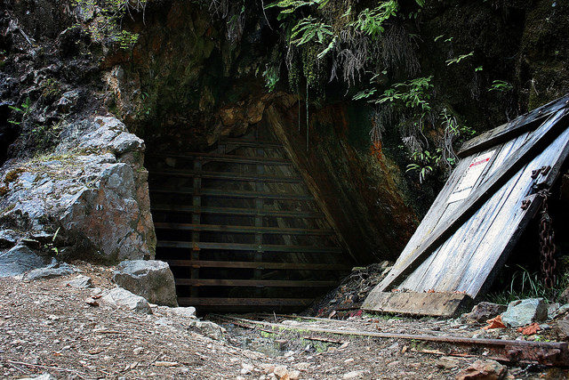 The entrance to the mine. Author:U.S. Forest Service- Pacific Northwest Region