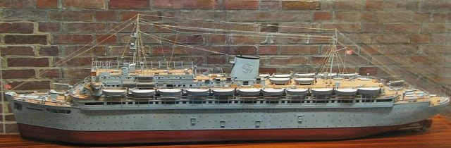 A model of the ship. Author: Darkone, Sioux – CC BY-SA 2.5