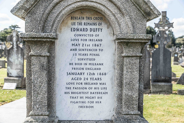 A headstone of one of the inmates gives an impression of one of the stories. Author:William Murphy –CC BY-SA 2.0