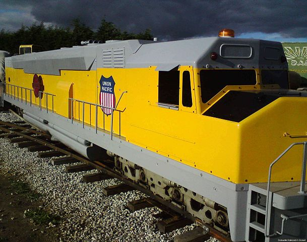 "EMD DDA 40 Union Pacific ""Centennial"" – Author: Cheekylittlemonkey81 – CC BY-SA 3.0"