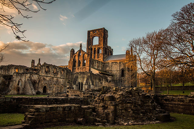 The story of the abbey began more than 800 years ago – Author: Minda – CC BY-SA 3.0