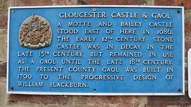 Gloucester Castle and Gaol commemorative plaque. Author: Pauline Eccles – CC BY-SA 2.0