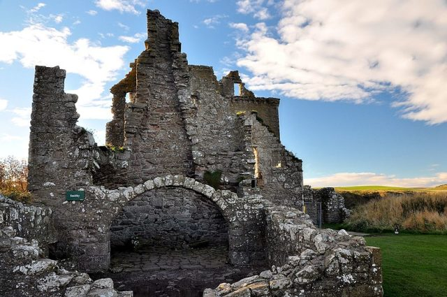 Dunnottar Castle – the forge. Author: Herbert Frank – CC BY 2.0