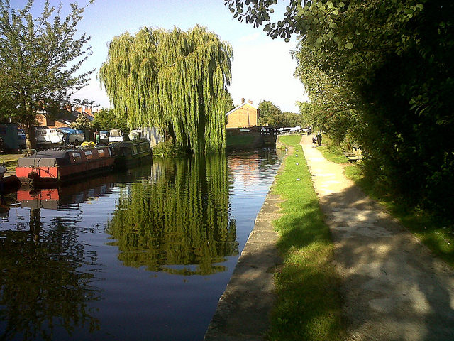 Chesterfield Canal at Retford – Author: puffin11k CC BY 2.0