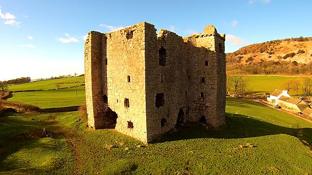 It was one of the many Pele towers in the area – Author: User:Anglovirtual – CC BY-SA 3.0