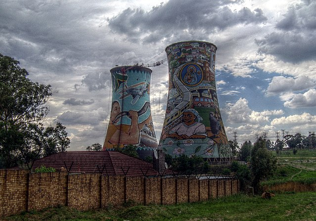 Orlando power station, Soweto, South Africa – Author: Prosthetic Head – CC BY-SA 4.0