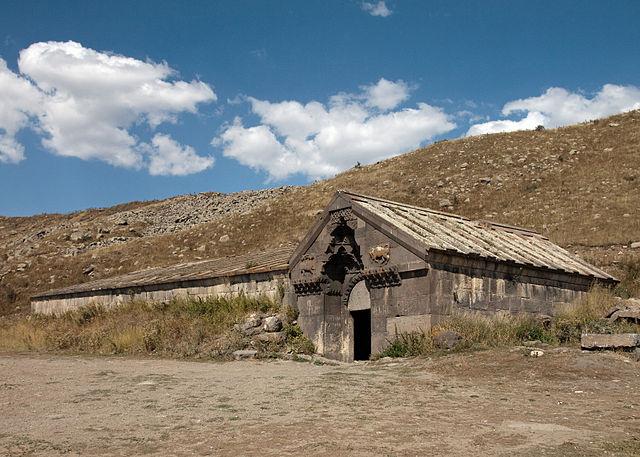 Orbelian's Caravanserai, Armenia – Author: Shaun Dunphy – CC BY-SA 2.0