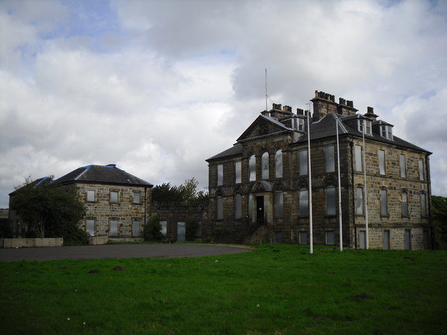 Cumbernauld House, Scotland – Author: Stevie Spiers – CC BY-SA 2.0