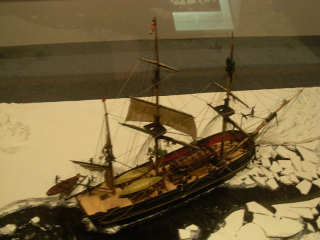 Model of HMS Erebus. Author: Piotrus – CC BY-SA 3.0