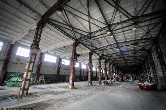 Inside the manufactory. Author: Technolirik | Livejournal @technolirik