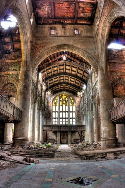 Abandoned sanctuary. Author: Kevin Key Photography | Facebook @slworking