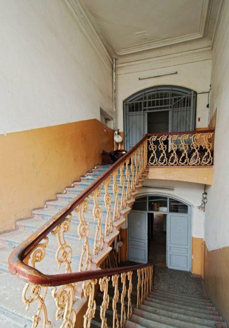 Staircase. Author: Blog Fiesta | www.fiesta.city