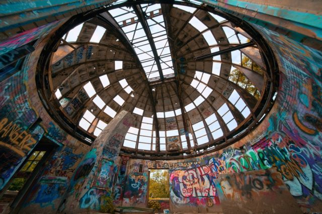 Inside the roof. Graffiti. Author: Johnny Joo | architecturalafterlife.com