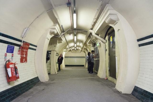 Platform level lift lobby. Author: Paul Dykes | Flickr @paulodykes