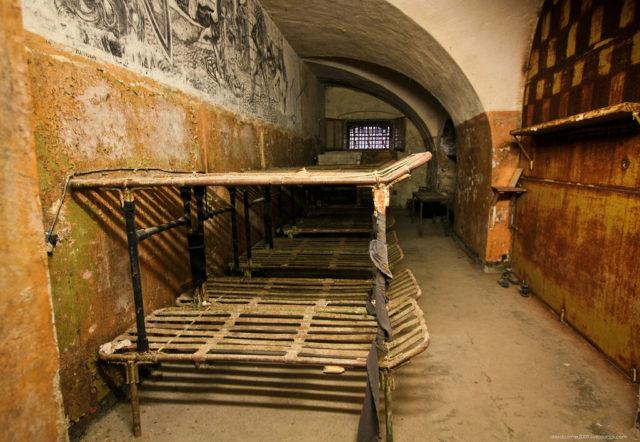Prison cell. Author: Alexey Grachev | LiveJournal @alexdoomer2009