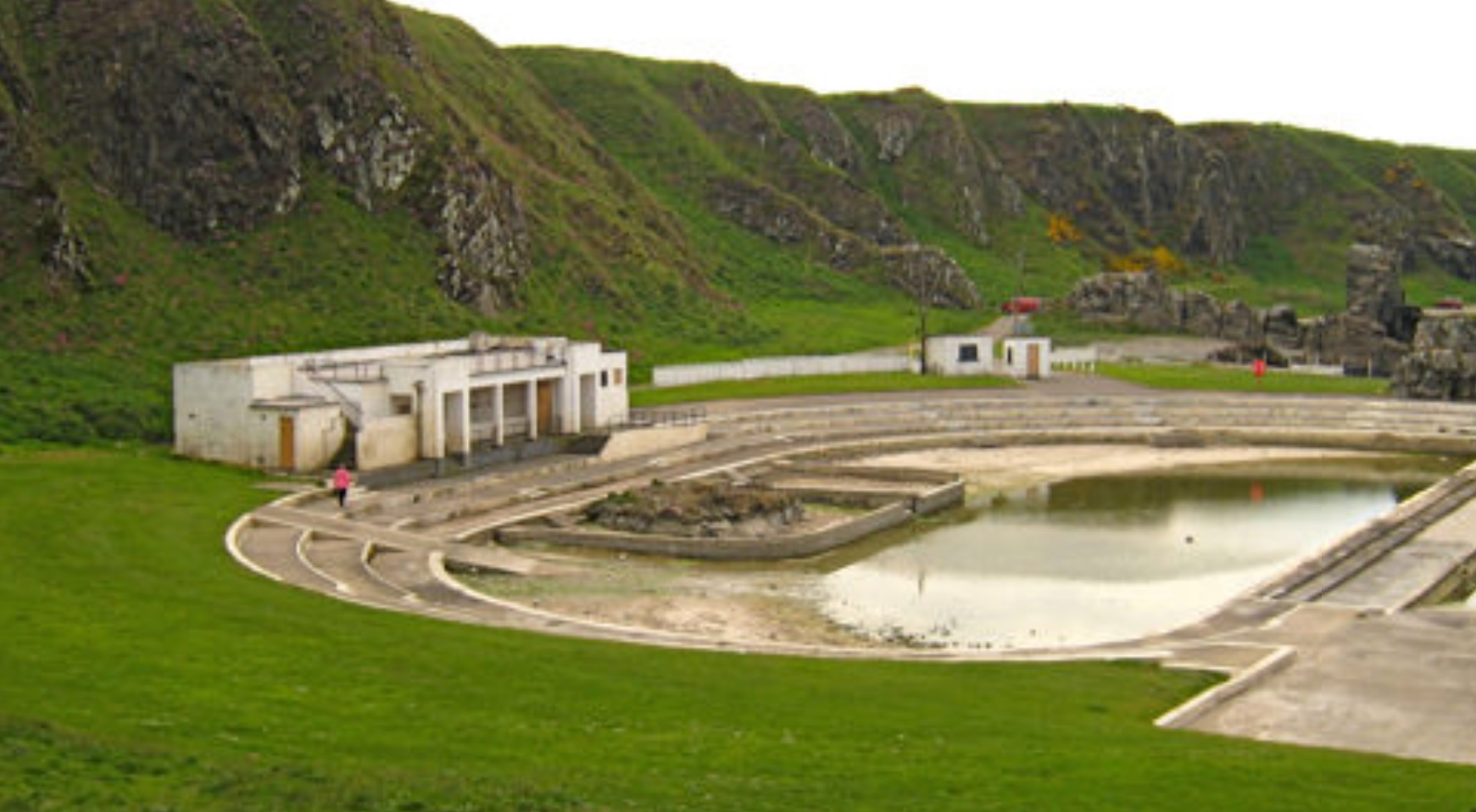 The Derelict Art Deco Outdoor Swimming Pool Abandoned Spaces