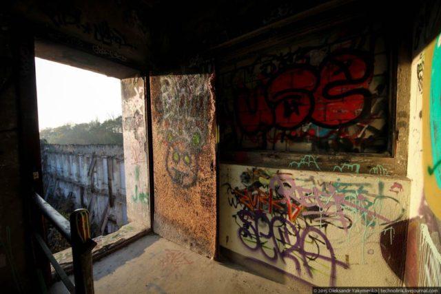 Door to nowhere. Author: Alexander | Livejournal @technolirik