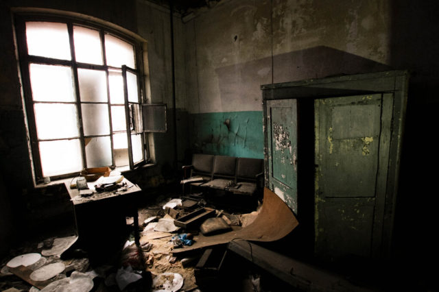 Soviet furniture. Author: Alexey Grachev | LiveJournal @alexdoomer2009