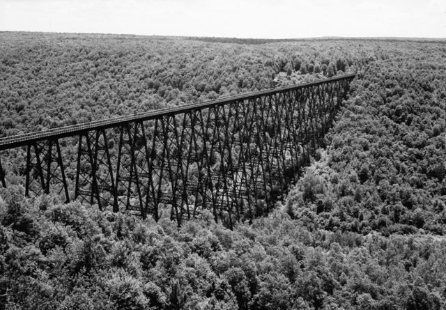 Historic American Engineering Record (HAER) photo of the bridge in July 1971