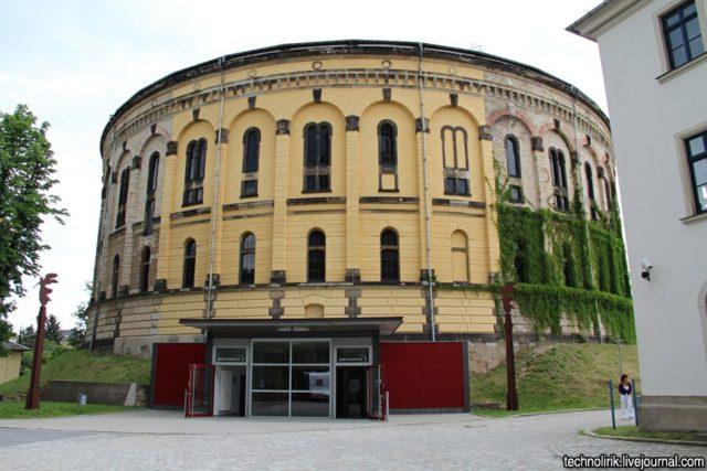 The second gasometer – Panometer Dresden. Author: Alex Technolirik – LiveJournal @technolirik