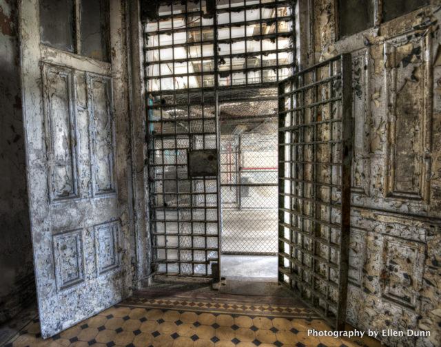 Prison doors. Author: Ellen Dunn Photography – Flickr @ellendunn