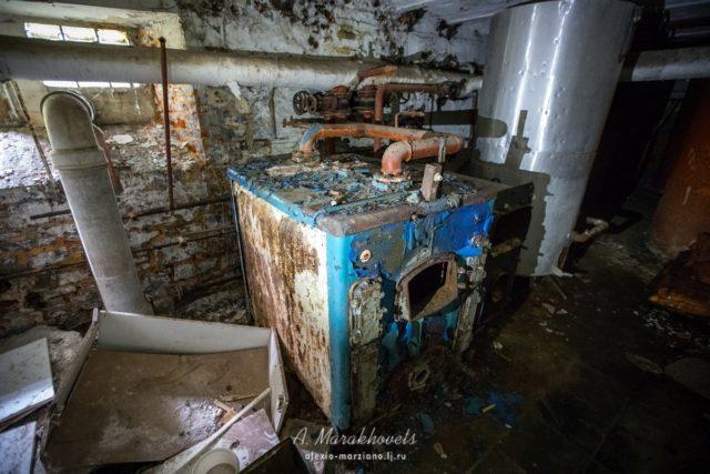 Gas heating boiler. Author: Marakhovets Alexey – Instagram @alexio.marziano
