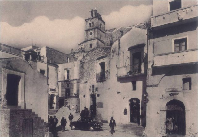 The old town of Craco in 1960, a few years before it was abandoned.