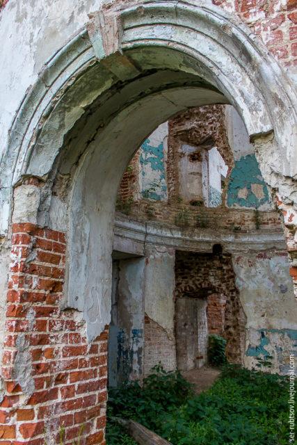 Round hall. Author: Sergey Rubtsov – LiveJournal @ser-rubtsov