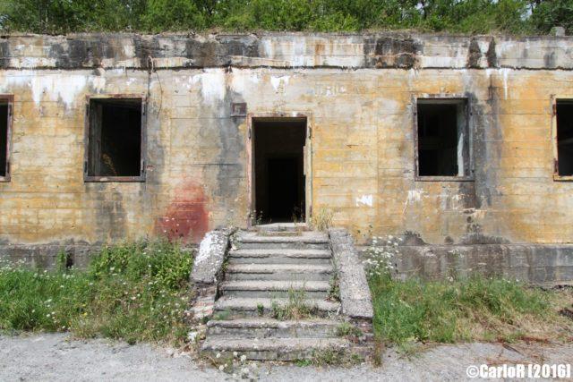 Communication bunker. Author: CarloR – sightraider.com