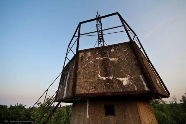 "On the roof of the bunker ""Goering Tower"". By Alex Technolirik – LiveJournal @technolirik"