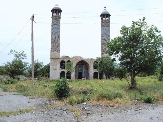 Juma mosque in Agdam in 2010. By Armen Manukov, CC BY-SA 3.0