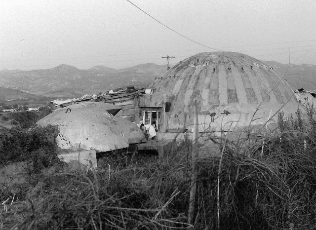 A bunker in Albania in 1994. By Albinfo – Own work, CC BY 3.0
