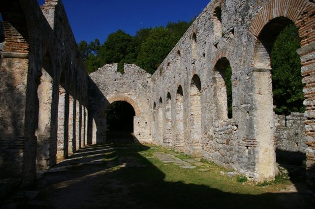 Basilica of Butrint. By inoue-hiro, CC BY-SA 3.0