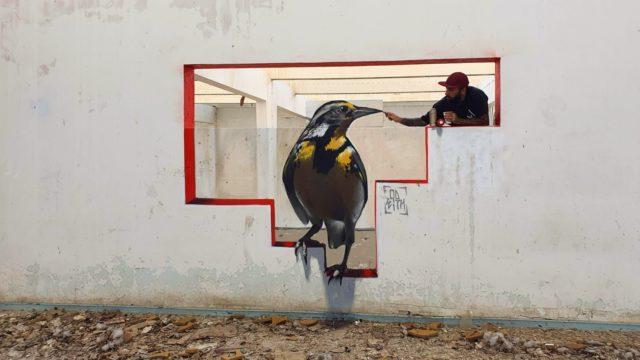 Graffiti Bird. By Sérgio Odeith