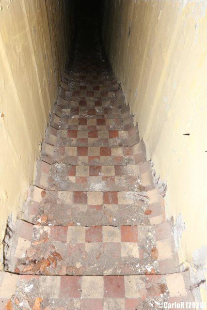 Remaining checkered tiling. (Photo Credit: CarloR)
