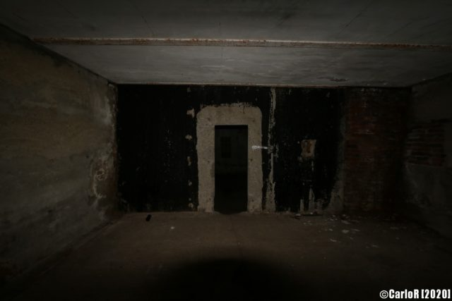 Doorway in one of the underground rooms. (Photo Credit: CarloR)