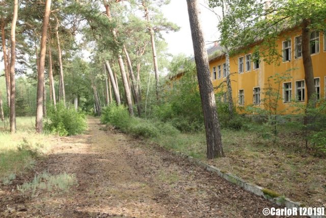 Exterior pathway to Forst Zinna